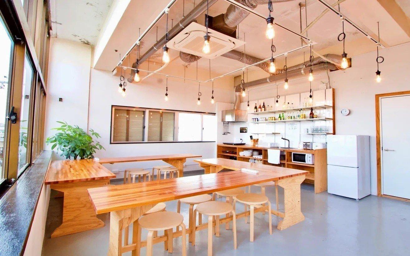 Ishigaki Guesthouse HIVE, Japan