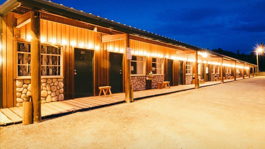 LOGE Breckenridge best hostels in Breckenridge