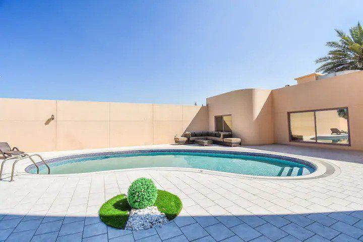 Lavish 7 bedroom villa