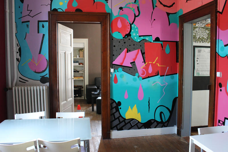 Pink House Hostel Best Hostel in Annecy