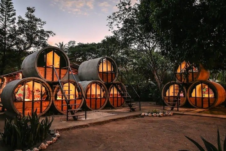 Pipe House by the beach, Costa Rica