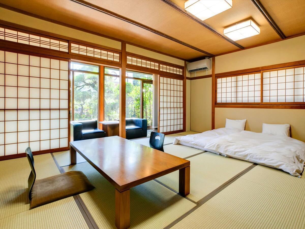 Shinpuro, Japan