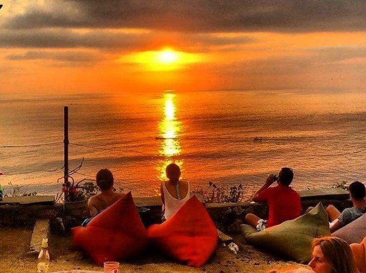 Sunset Point Uluwatu
