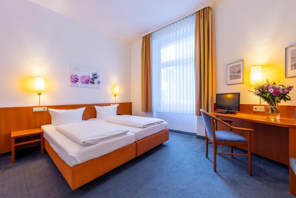 The TRIP INN Hotel Schumann