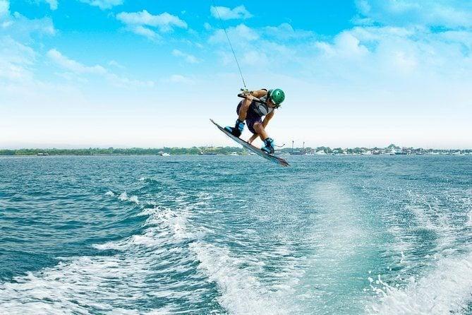 Wakeboarding in Kuta