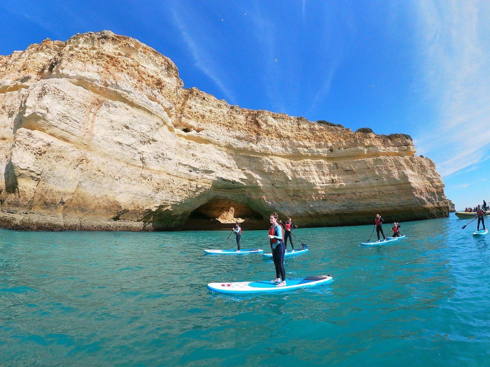 stand up paddleboarding tour-Praia de Benagil