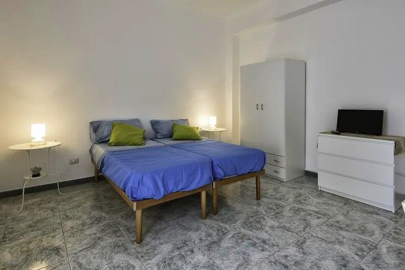 Best Hostel for Couples in Bari – Archita Guest House