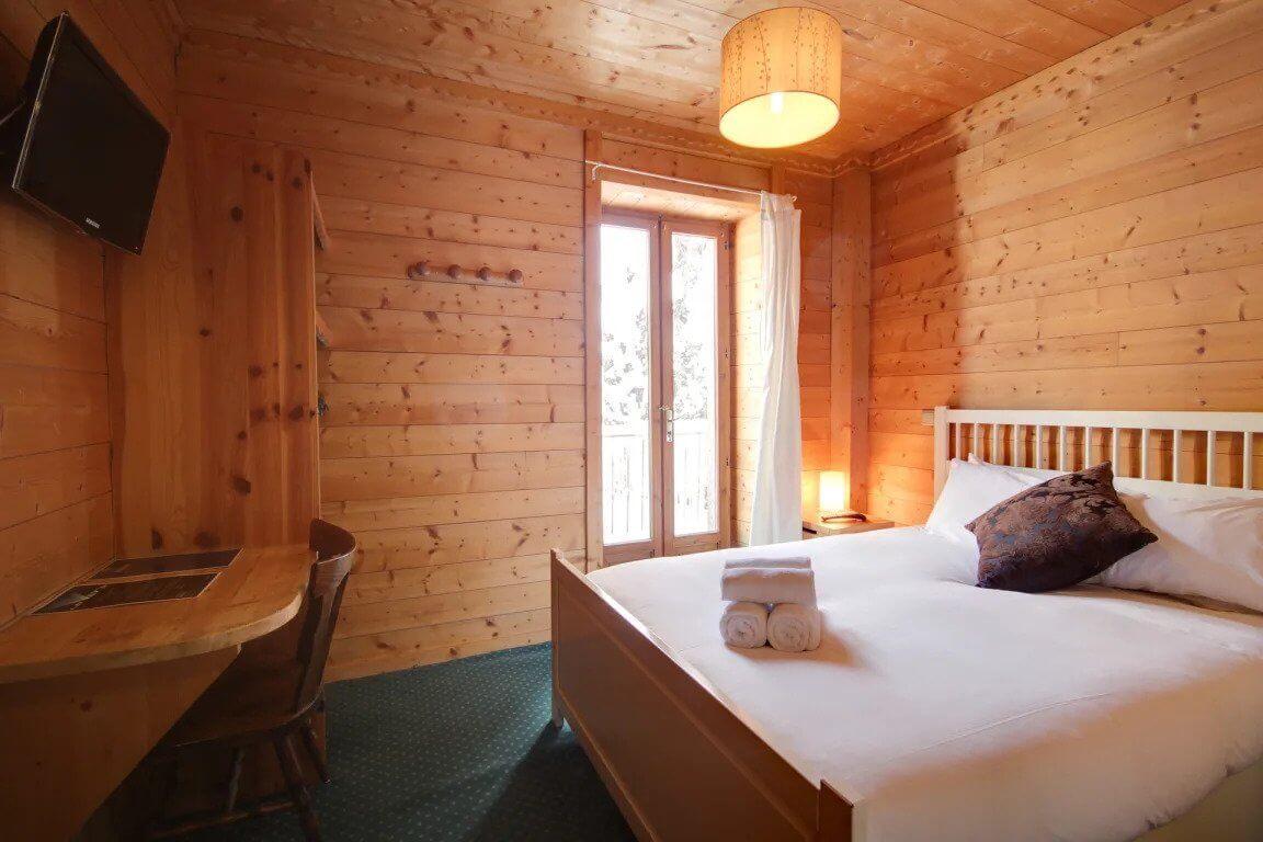 Best Hostel for Digital Nomads in Chamonix The Vert Hotel