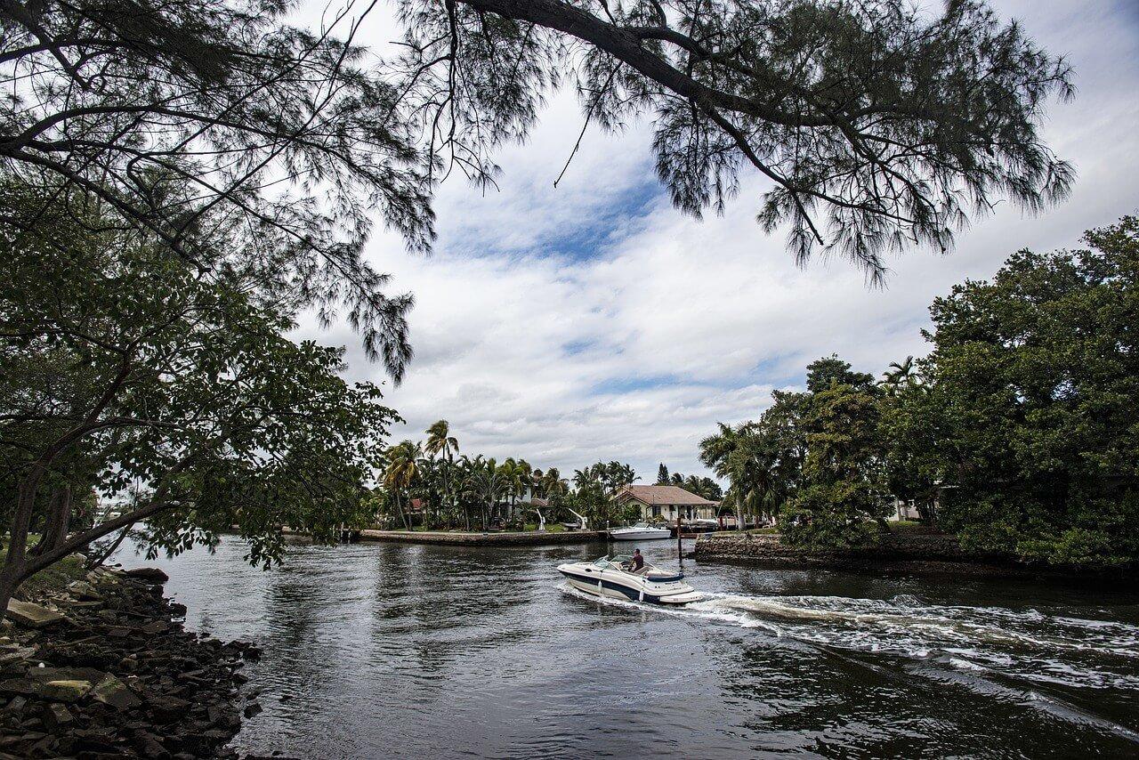 Best Hostels in Fort Lauderdale