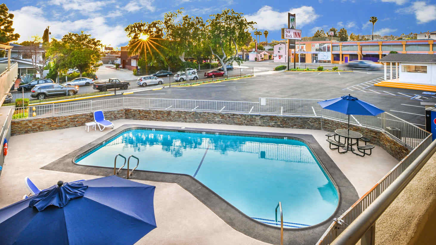 Sea Rock Inn – Long Beach, California