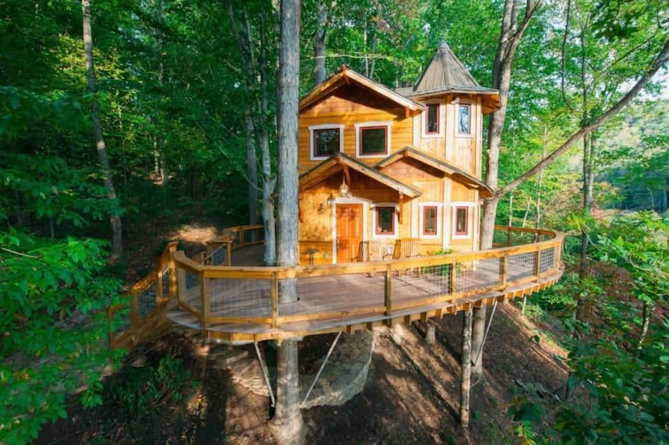 Best Treehouse in Asheville Ashevilles Luxury Treehouse