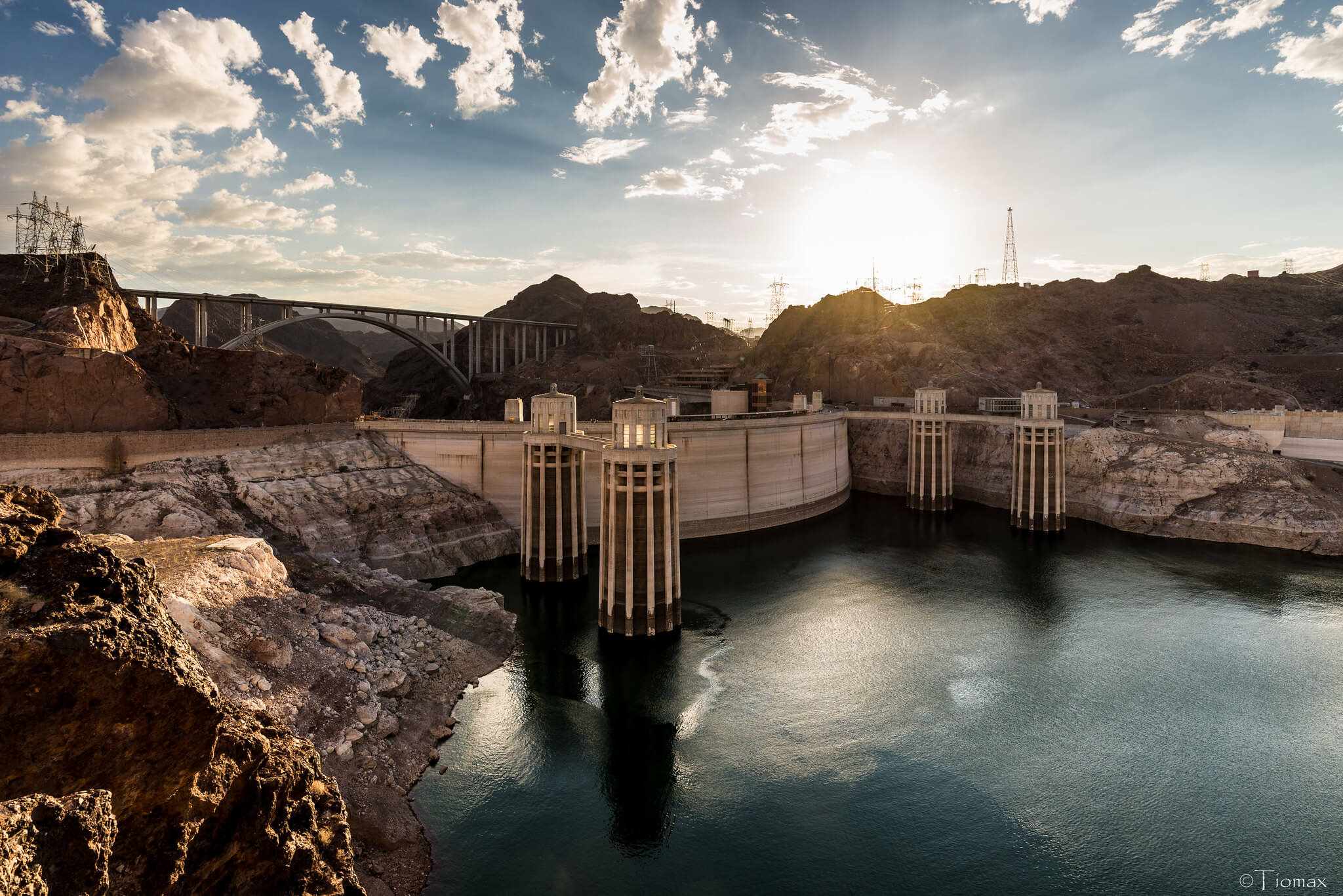 The Hoover Dam - a top place to visit with an RV near Las Vegas