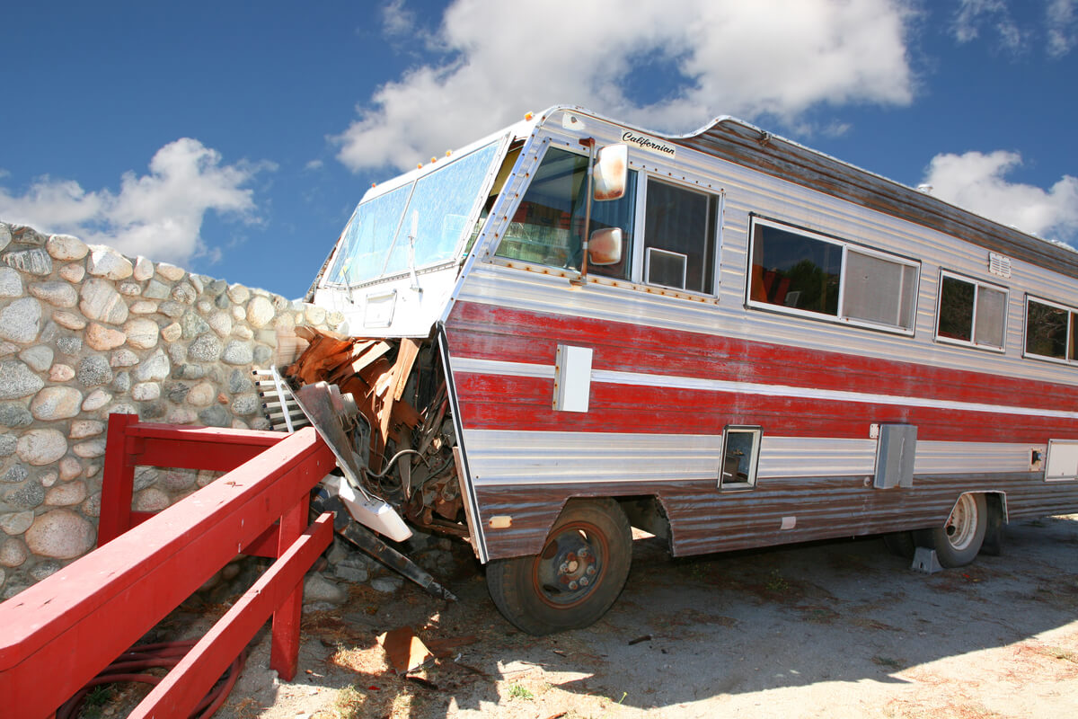 Crashed RV hire in Las Vegas totally wrecked
