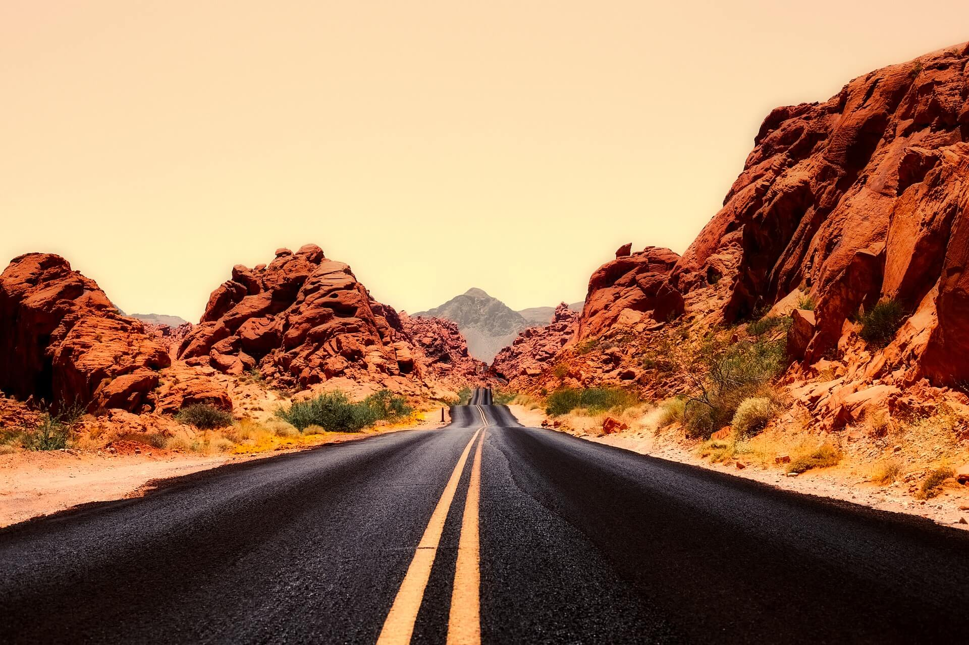 A beautiful highway near Las Vegas perfect for a rental RV trip
