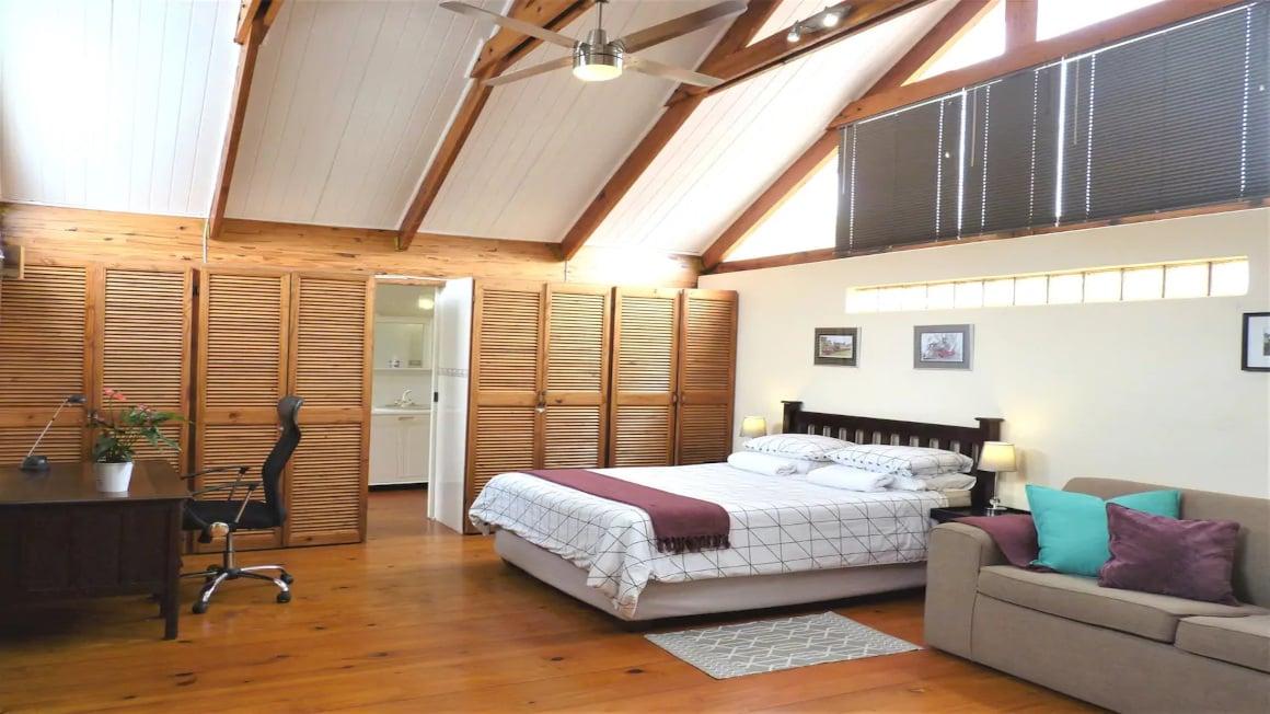 Beautiful & Spacious Morningside Loft, Durban