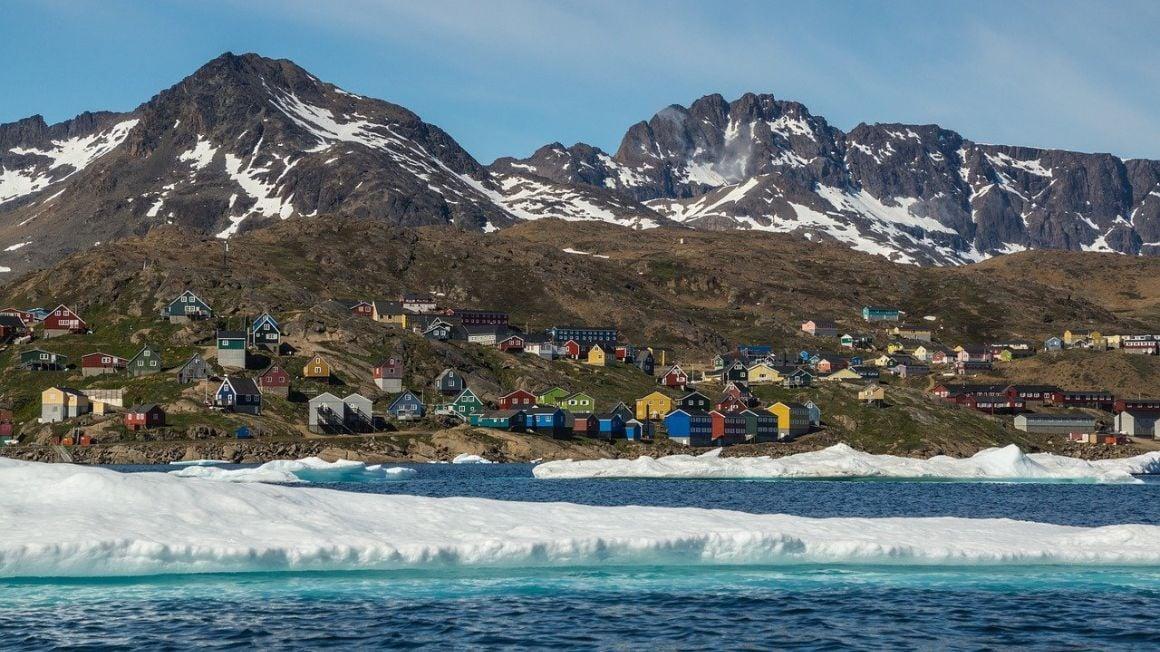 Best Greenland Tour