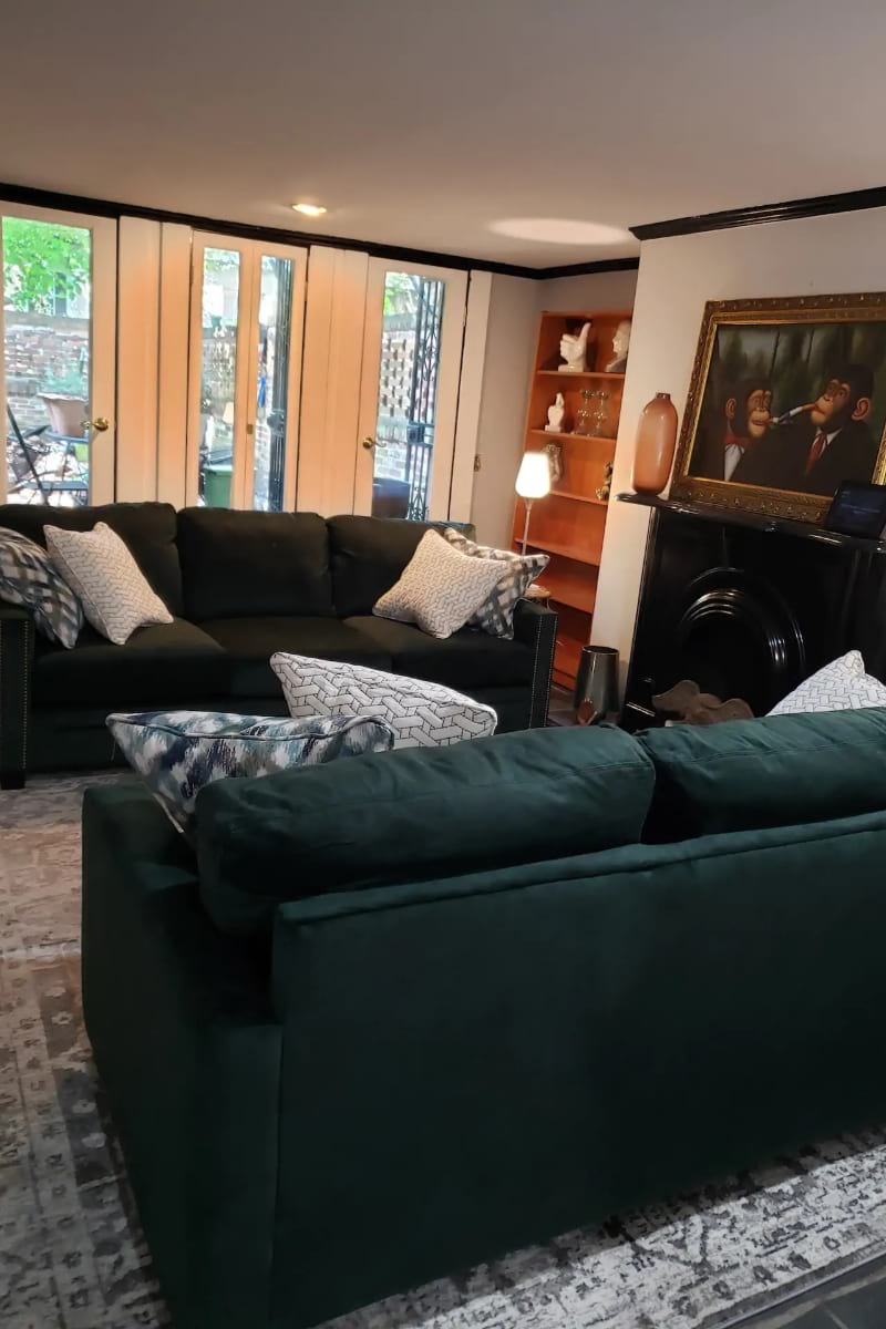 Gay friendly suite with office, Savannah