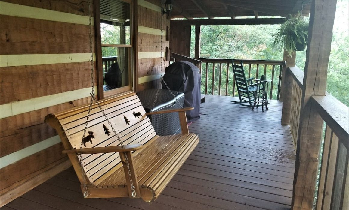 Leroys Quiet and Cozy Cabin Pigeon Forge