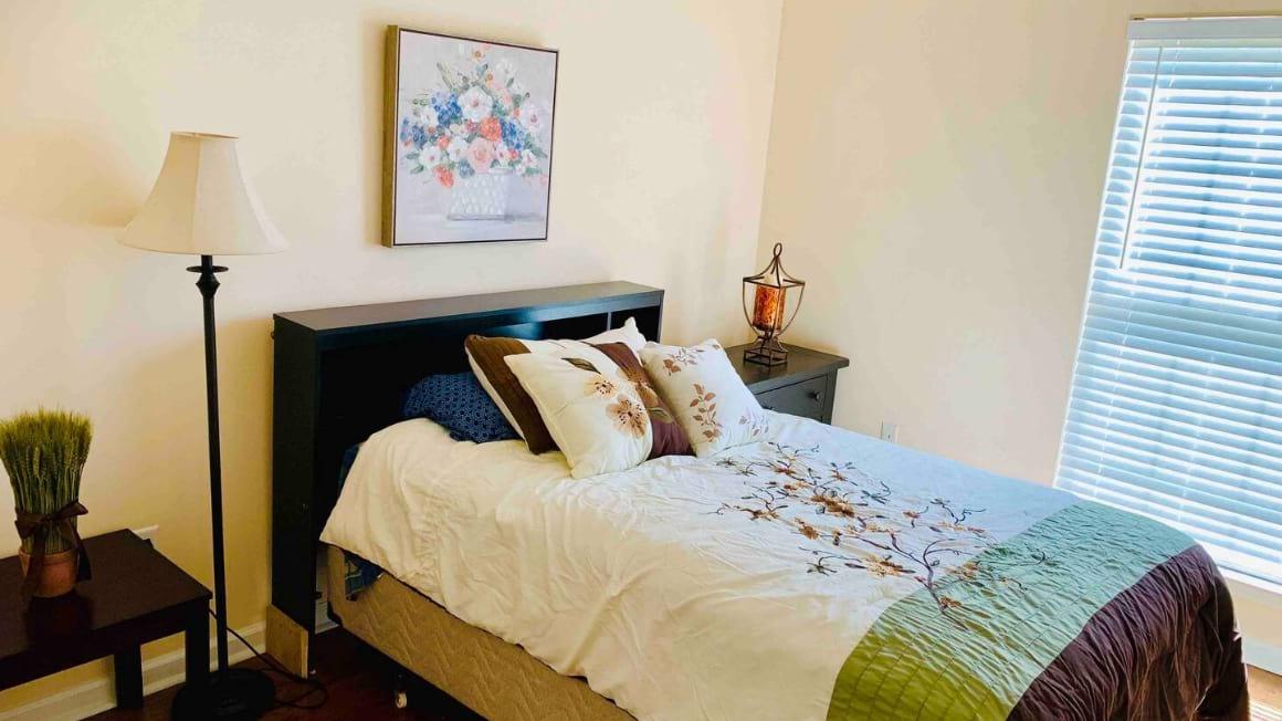 Private rooms in quiet home, Savannah
