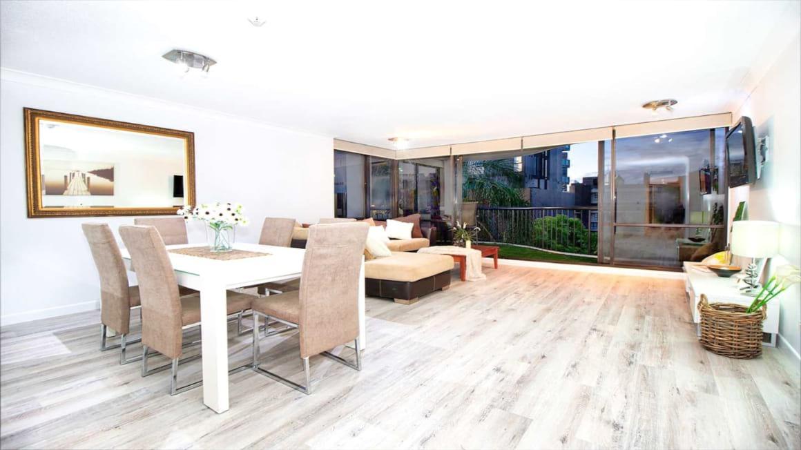 Spacious Bright Apartment