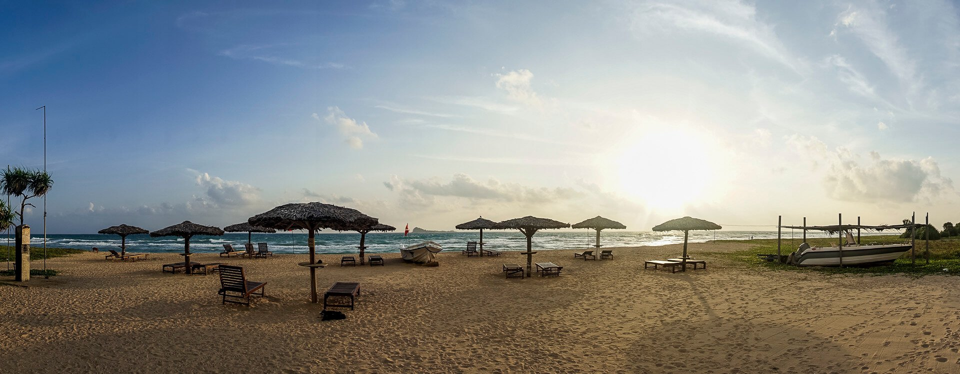 Quiet Sri Lankan tourist beach near Trincomalee at Nilaveli