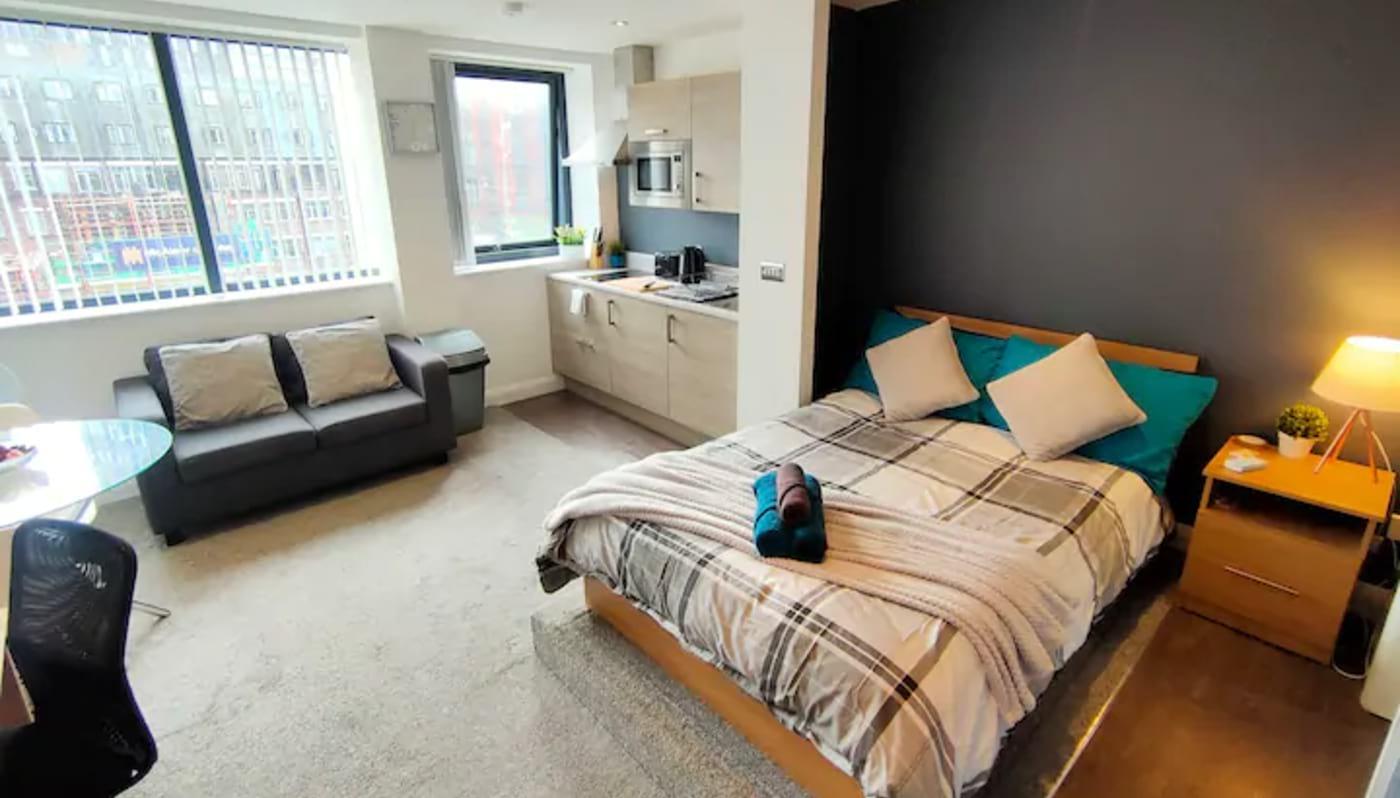 Cozy Modern Studio Manchester