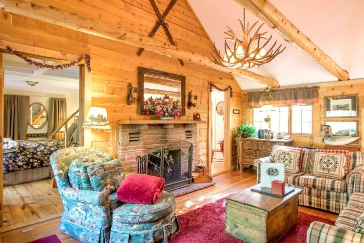 Enchanting Cabin
