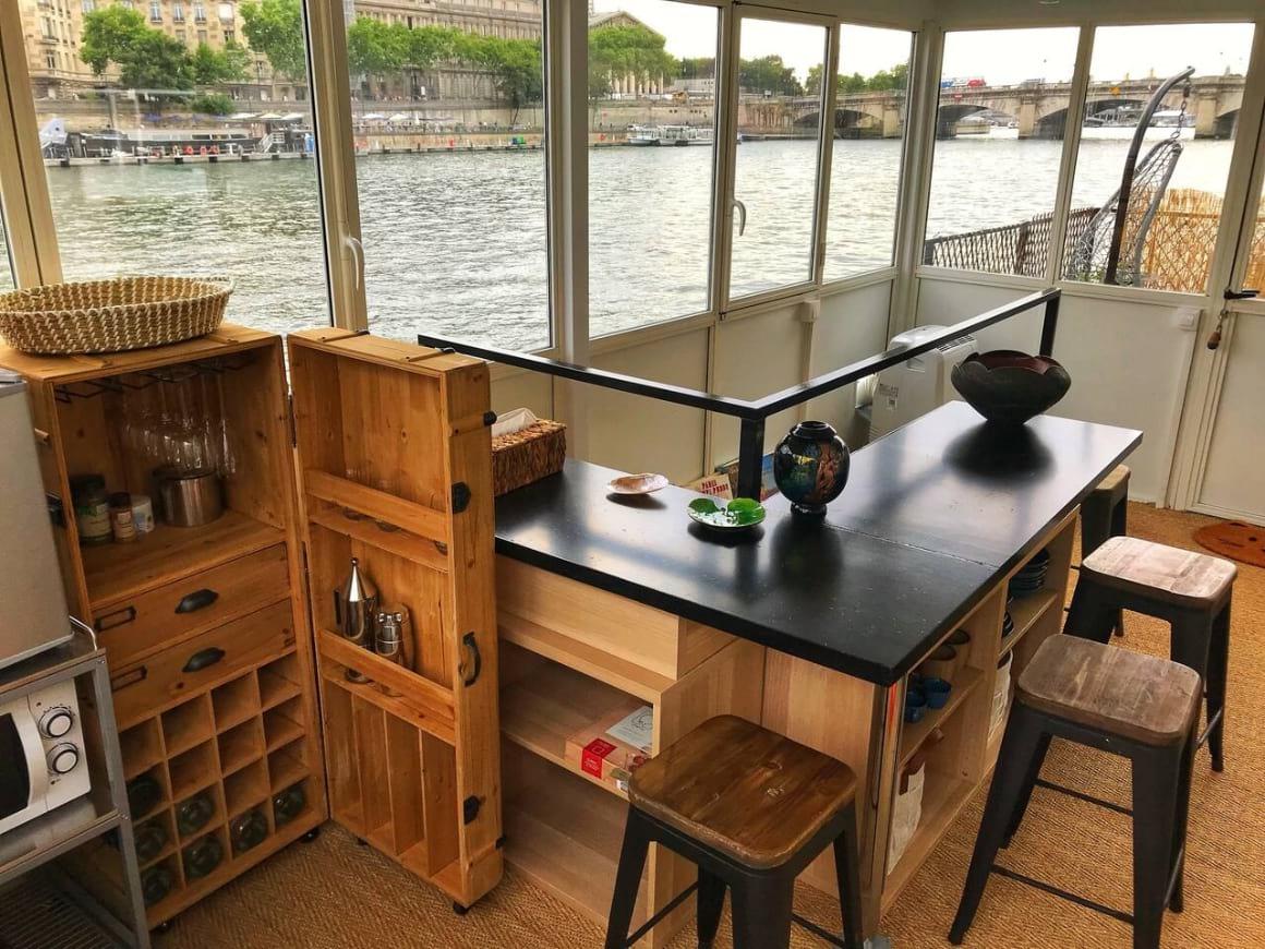 Suite Seine Houseboat, Paris