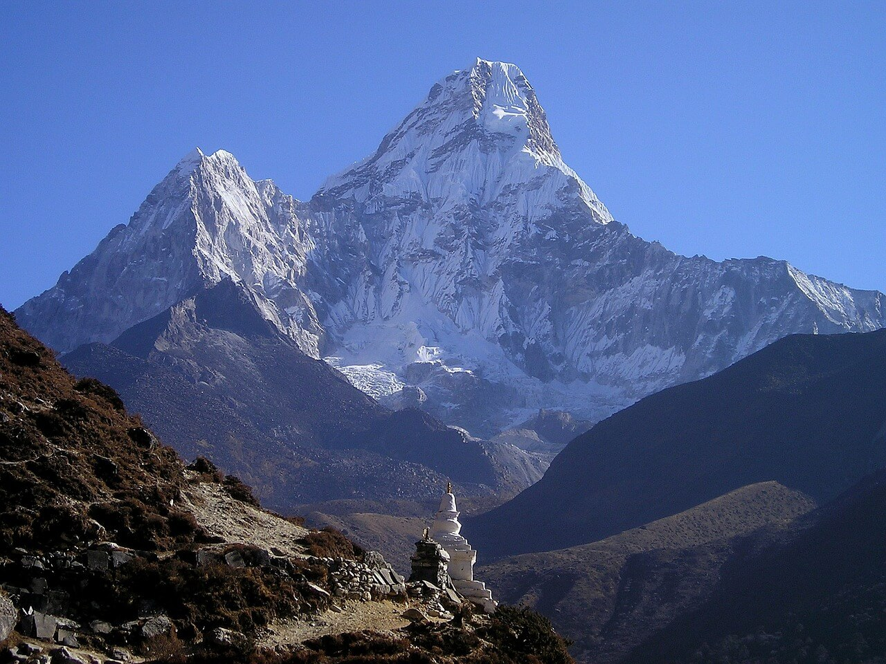 The view of Mount Everest while trekking in Nepal
