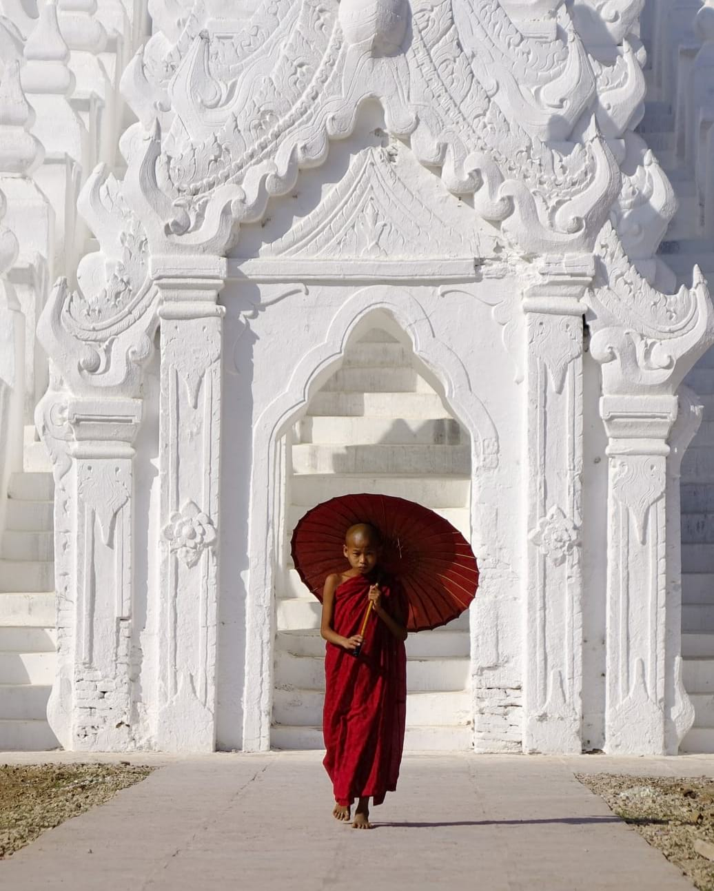 backpacking myanmar white temple