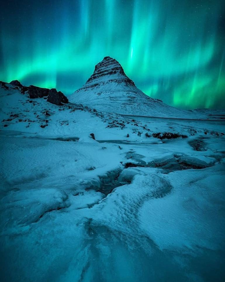 iceland winter northern lights