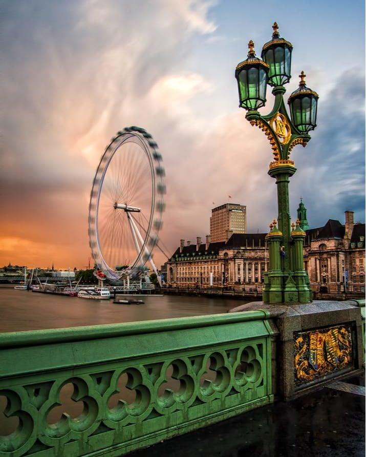 london wheel long exposure