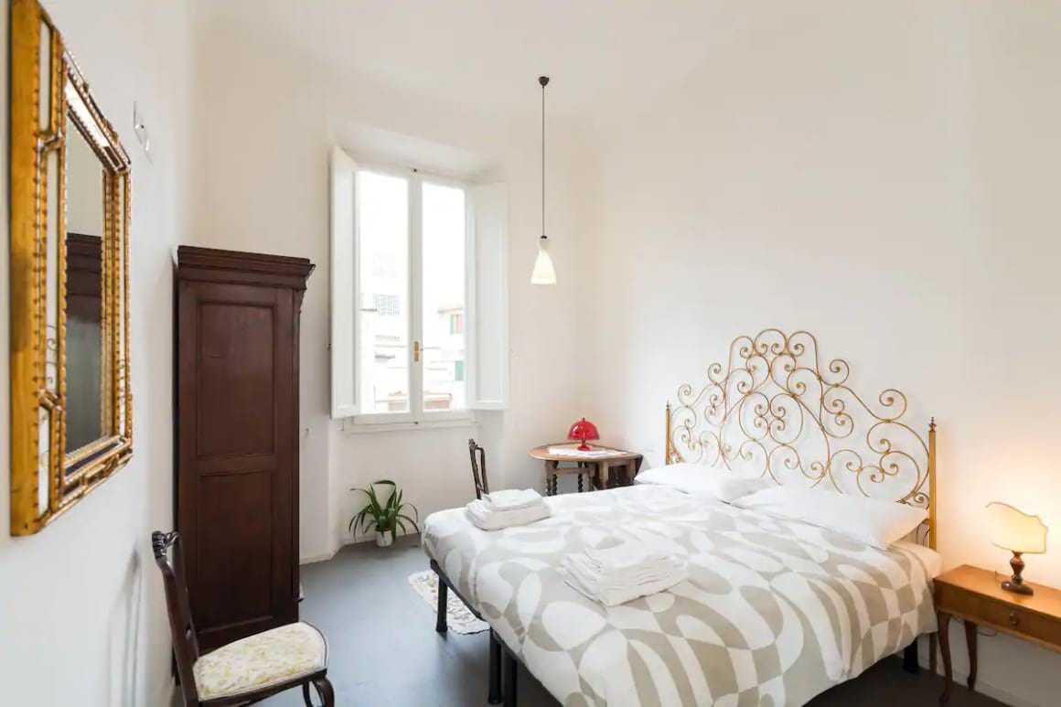 Cosy room with private bathroom 1
