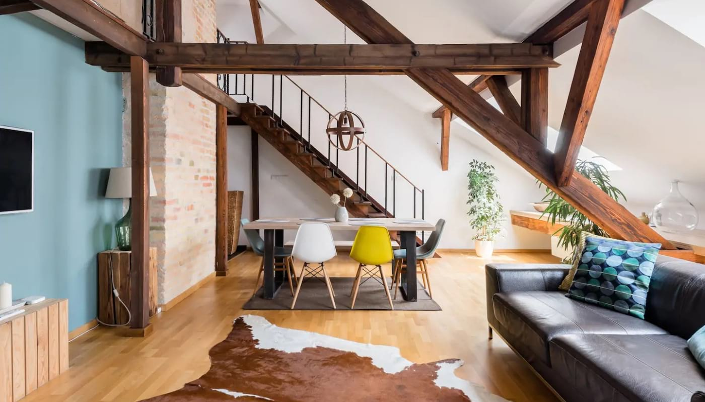 Designers Loft in a Period Building Budapest