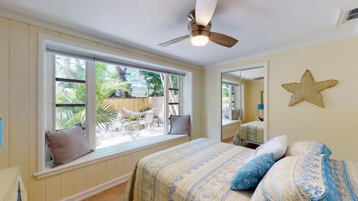 Budget Retreat in Sarasota - Downtown Villa