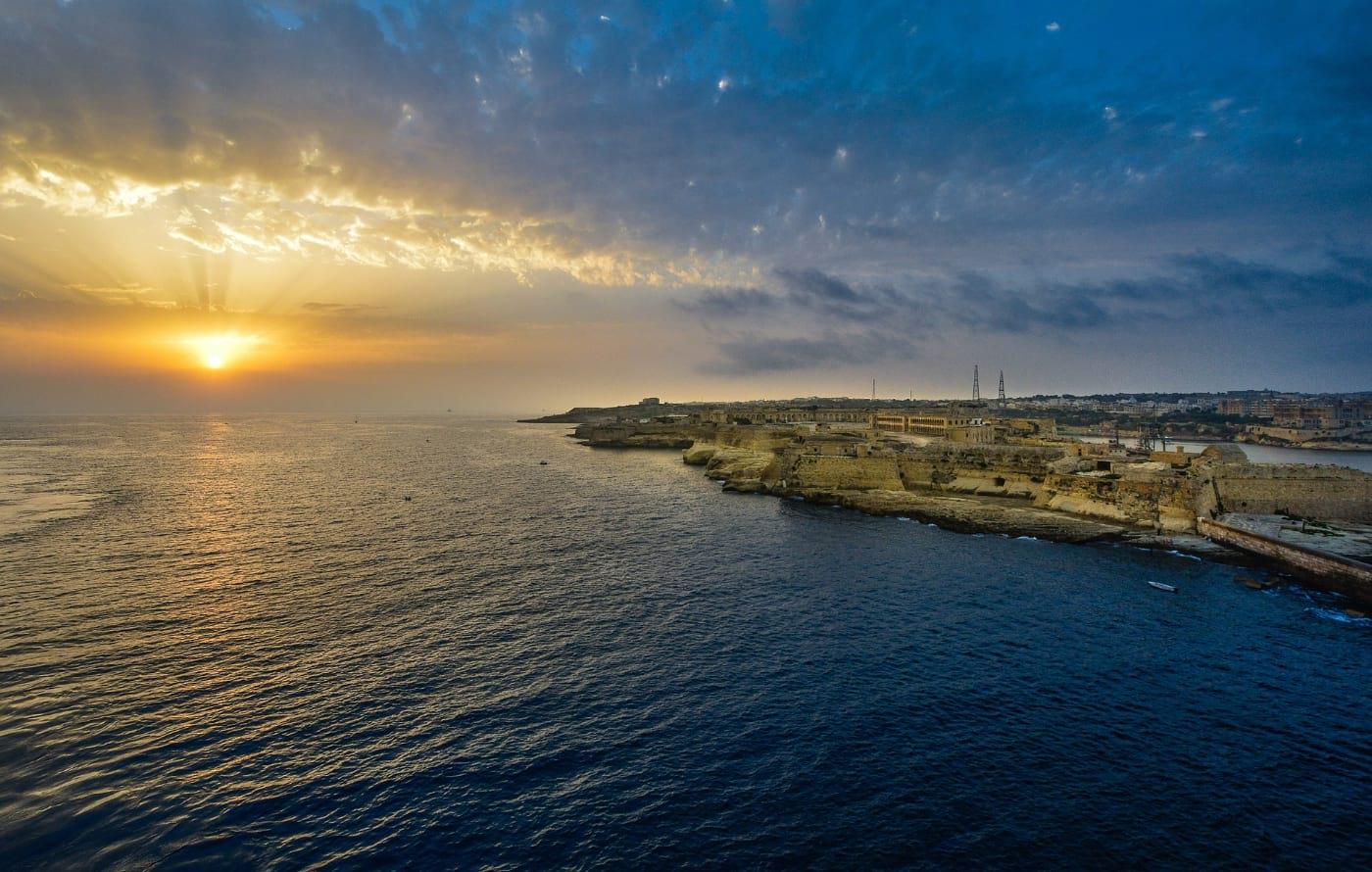 Keep Smiling Malta Sunset