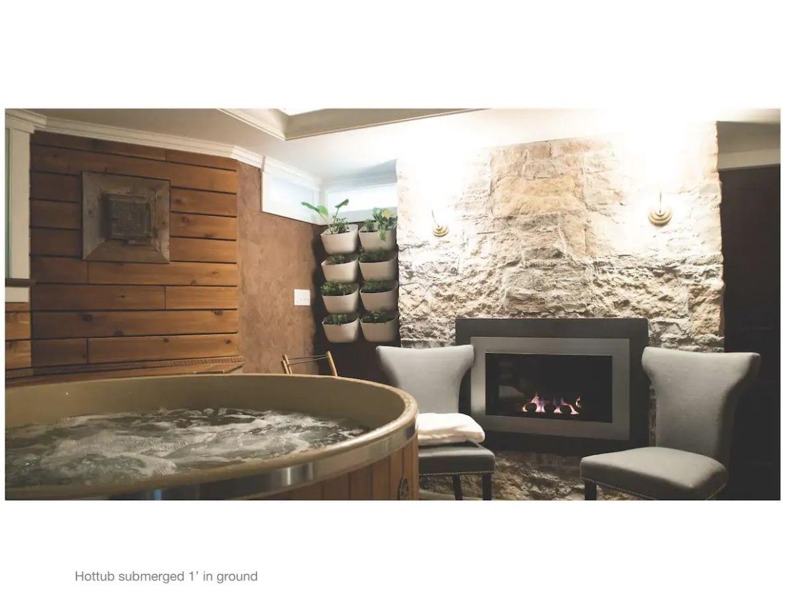 Luxurious Hot Tub Getaway Halifax
