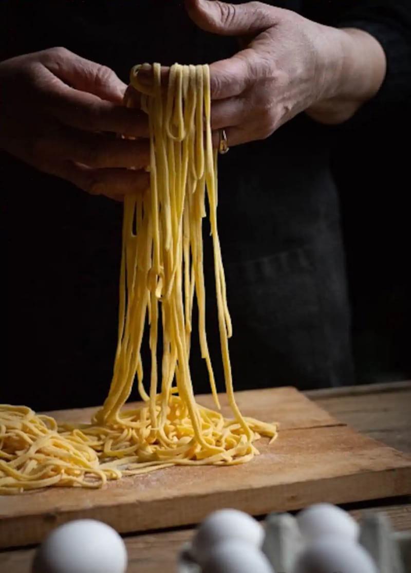 Make spaghetti, ravioli, and lasagna 1