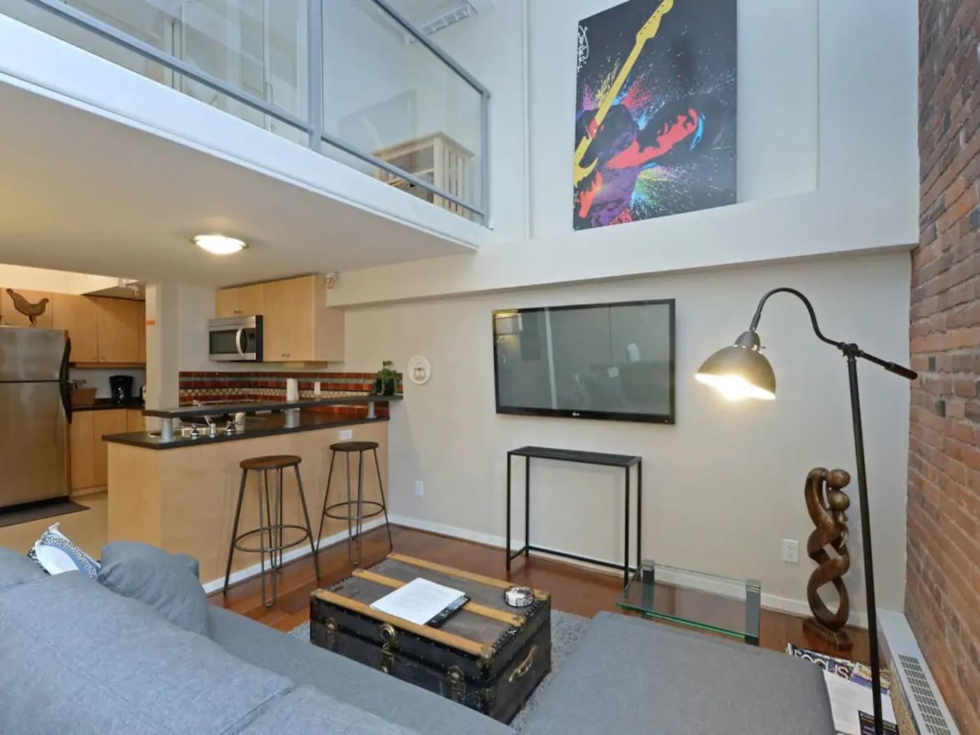 Overall best value Airbnb in Victoria – Whimsical Heritage Loft