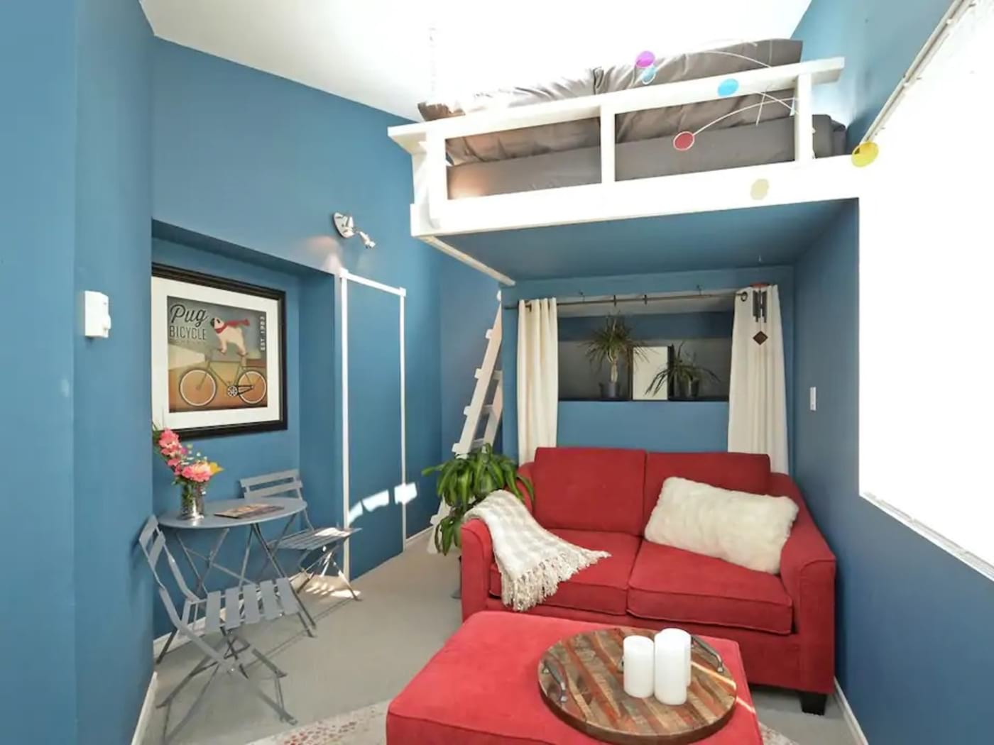 Perfect Airbnb for Digital Nomads – Private room skylight loft