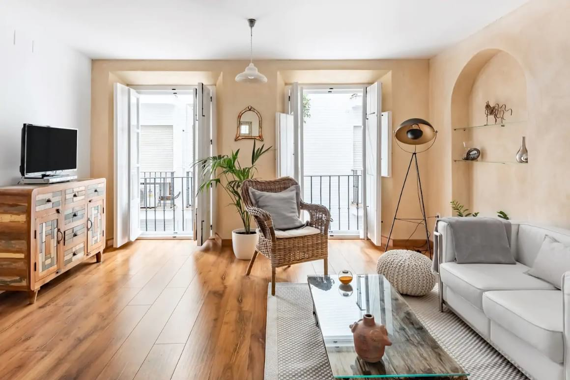 Central apartment with terrace, Sevilla