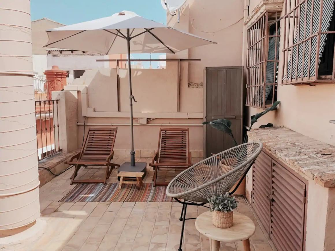 Luxurious Studio opposite Cathedral, Sevilla