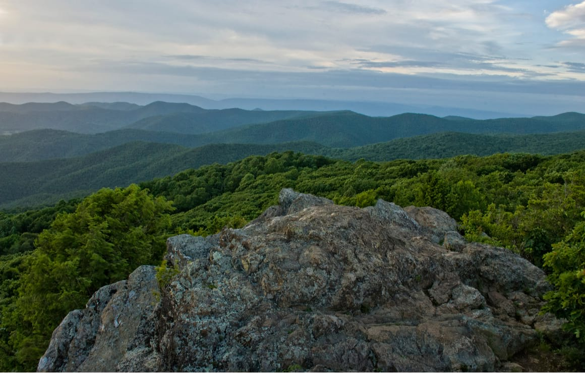 Bearfence Mountain Trail, Shenandoah