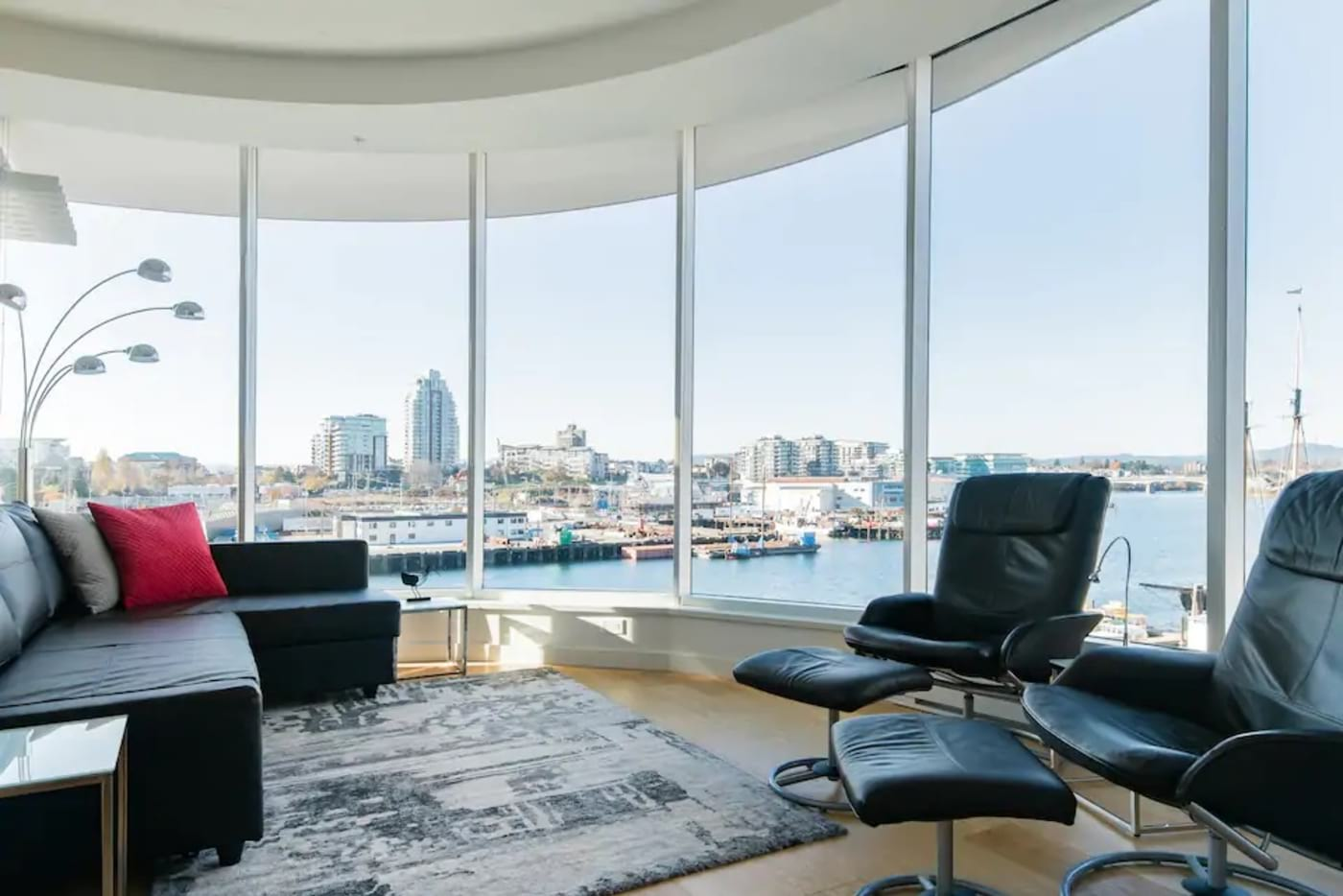 Best Airbnb in Victoria with a view – Waterfront Studio Downtown Victoria