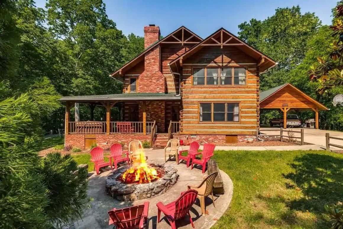 Stunning Woodland Cabin near Nashville