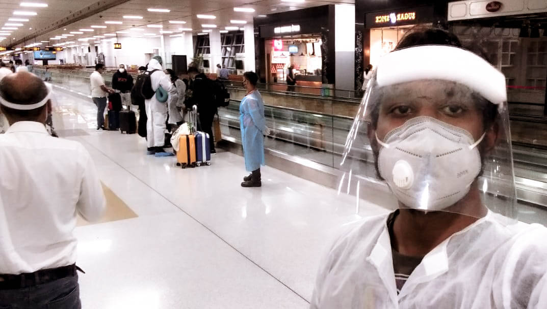 A Mauritian man travels home to Mauritius during COVID lockdowns