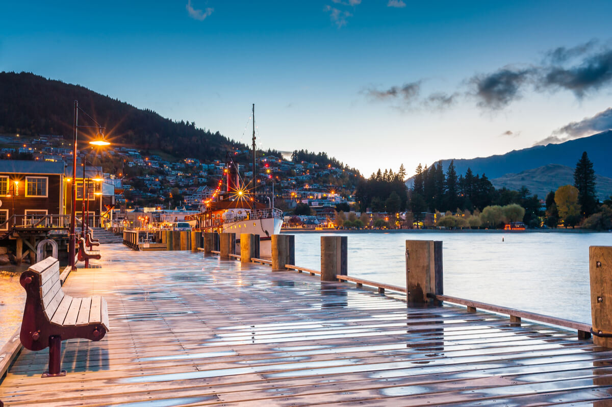 Backpacking Queenstown in winter visiting the waterfront just before sunrise
