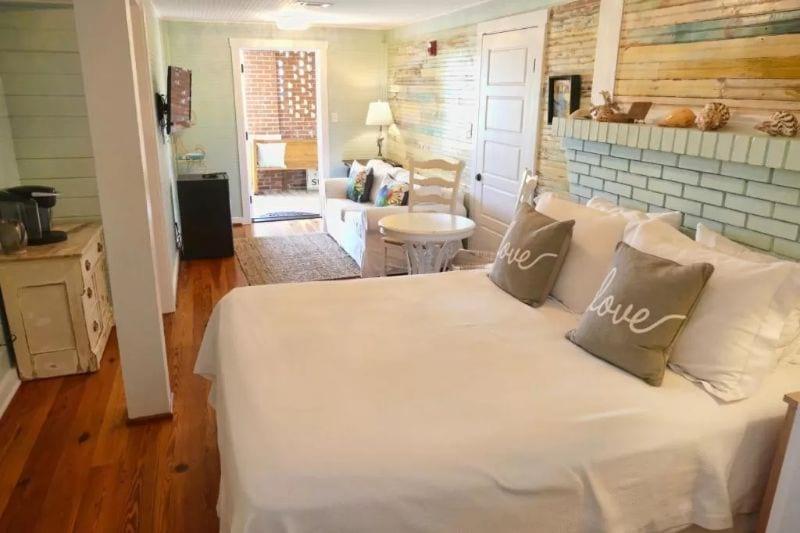 Beachfront Bed and Breakfast Inn Tybee Island