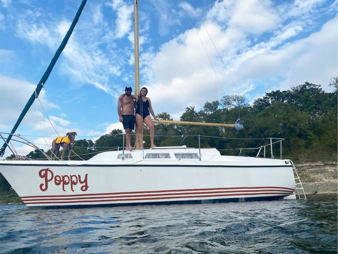Floating Tiny House – 70's sailboat Florida Key