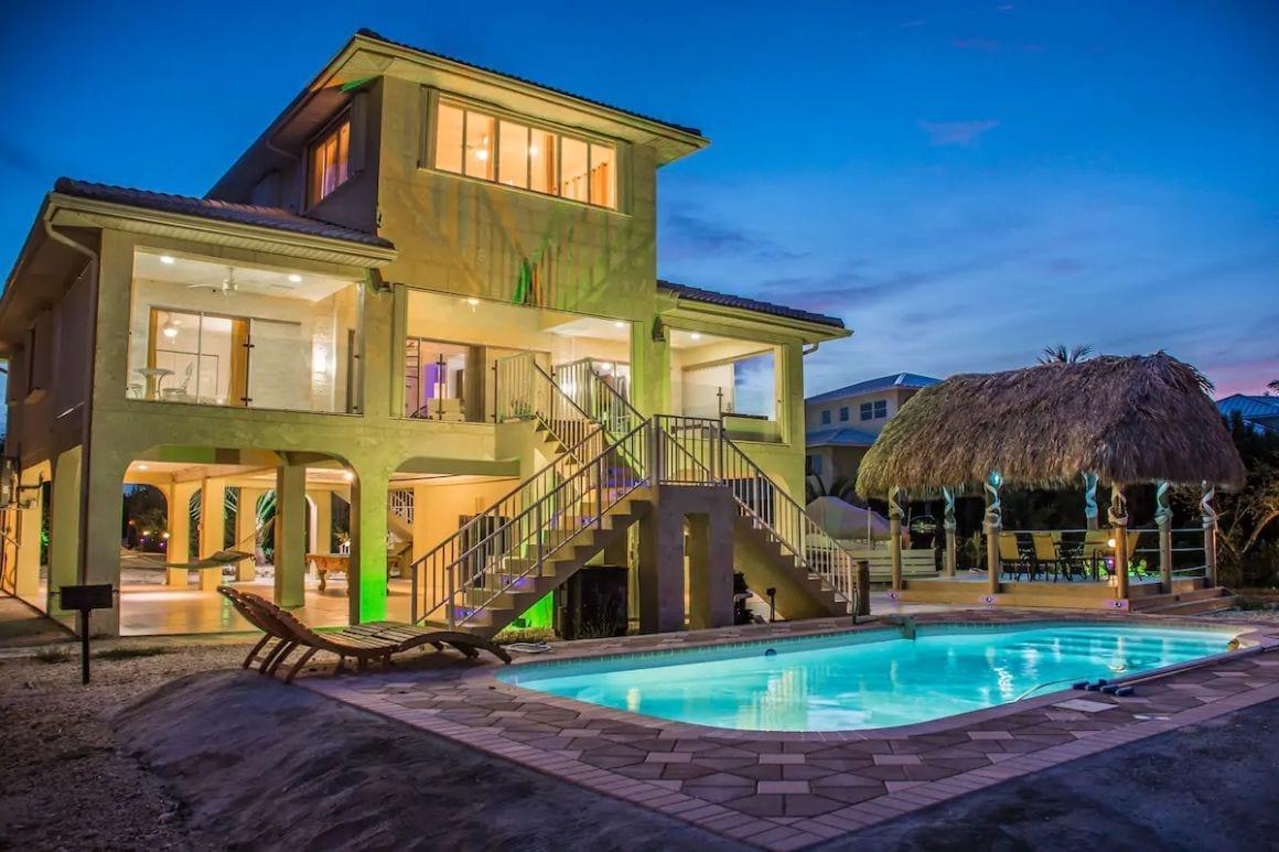 Multi-Million Beach Mansion with pool Florida Key